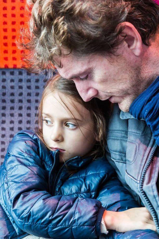 Lasten huostaanottoja on pystytty vähentämään Mäntsälässä ja Pornaisissa tarjoamalla perheille apua etukäteen. Kuvituskuva.