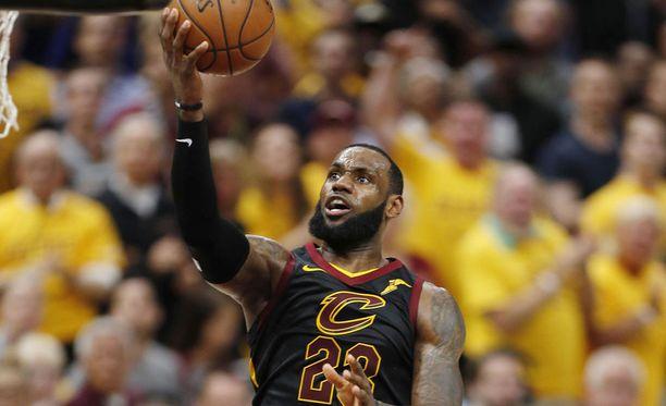 LeBron James hylkäsi Clevelandin sopimustarjouksen.