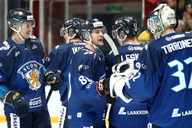 Mika Partanen (vasemmalla) ja Rasmus Tirronen onnistuivat leijonadebyyteissään.