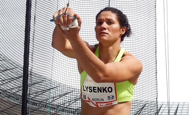 Tatjana Lysenko sai pannaa.