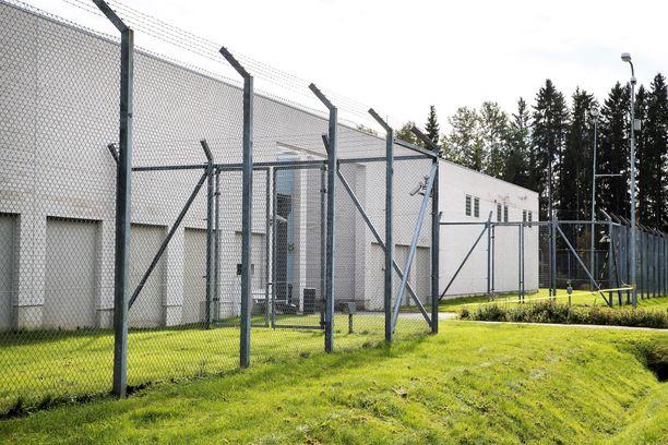 Kanta-Hämeen käräjäoikeus passitti nuoren Joenpellon Kylmäkosken vankilaan rangaistustaan suorittamaan.