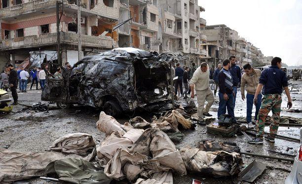 Ainakin 120 ihmistä kuoli Homsiin ja Da