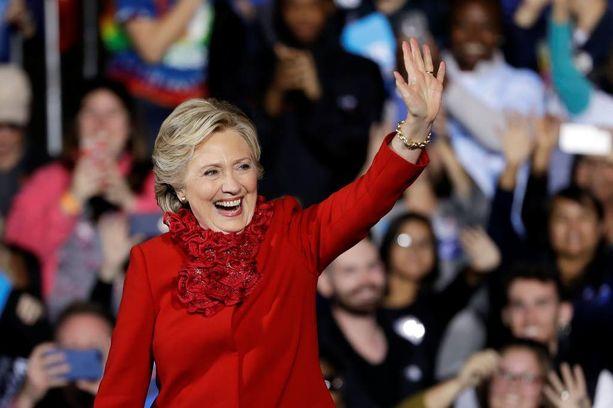 Hillary Clinton kampanjoi maanantaina Cincinnatissa.