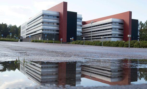 Apulaisprofessorin mielestä Nokian romahduksesta voi syntyä jotain hyvääkin. Kuvassa Nokian entiset toimitalot Salossa.