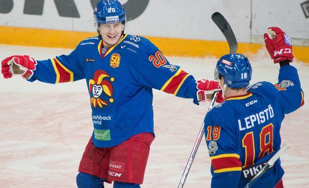 Eeli Tolvanen (2+0) ja Sami Lepistö (0+3) herkuttelivat, kun Sotshi kukistui 7-2.