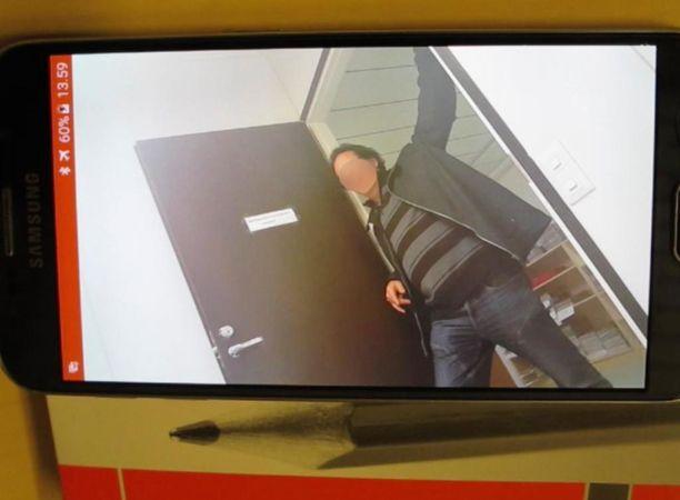 Syytetty toimitusjohtaja puhui videoidussa keskustelussa myös alibista.