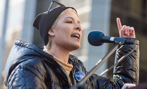 Halsey piti Women's Marchin puhutuimman puheen.
