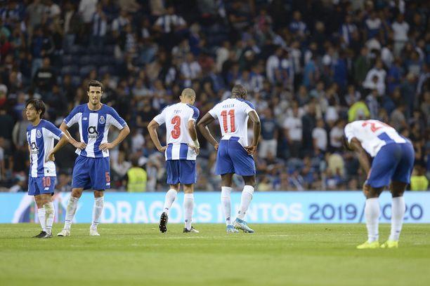 Porto koki ankaran pettymyksen Mestarien liigan karsinnoissa.