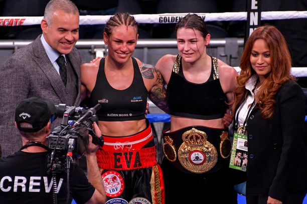 Eva Wahlström tunnusti ottelun jälkeen Katie Taylorin paremmakseen.