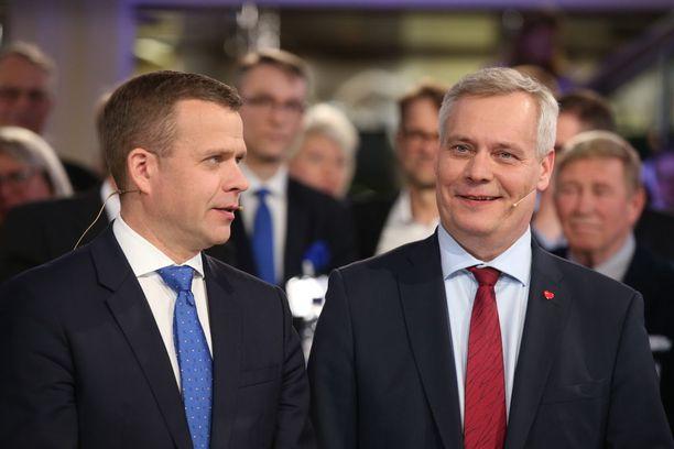 Kokoomuksen puheenjohtaja Petteri Orpo ja SDP:n puheenjohtaja Antti Rinne kamppailevat keskenään pääministerin salkusta.