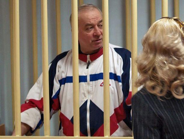 Sergei Skripal sotilasoikeudessa Moskovassa vuonna 2006.