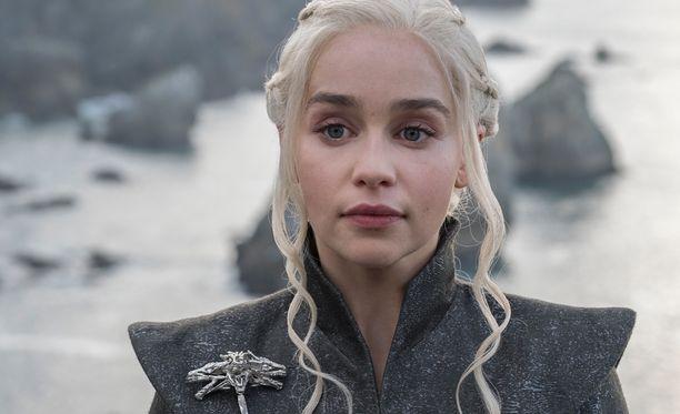 Hyvällä tuurilla joku pohjolasta kotoisin oleva näyttelijä pääsisi tapaamaan sarjan Emilia Clarkea.