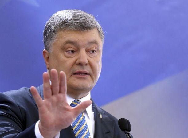 VKontakte kiellettiin presidentti Petro Poroshenkon asetuksella.