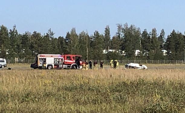 Kolmekymppinen mies menehtyi välittömästi sunnuntaina aamupäivällä Lappeenrannassa tapahtuneessa turmassa.