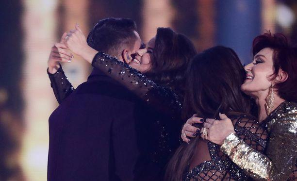 X Factor päättyi sunnuntaina Matt Terryn voittoon, Sharon Osbournen suojatti Saara Aalto jäi toiseksi.
