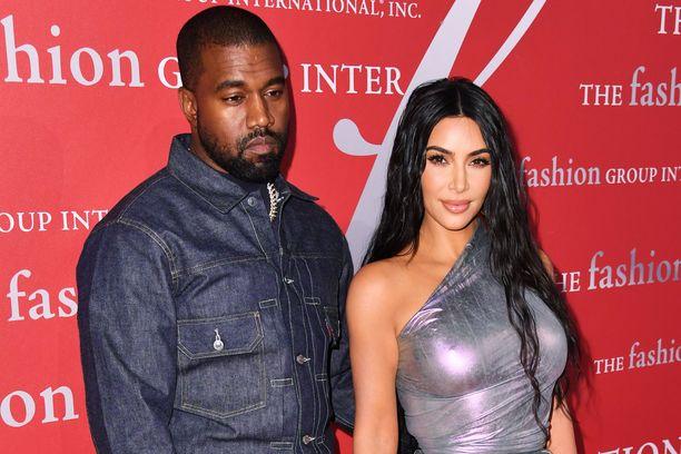 Kanye West ja Kim Kardashian ovat yksi maailman seuratuimmista pariskunnista.
