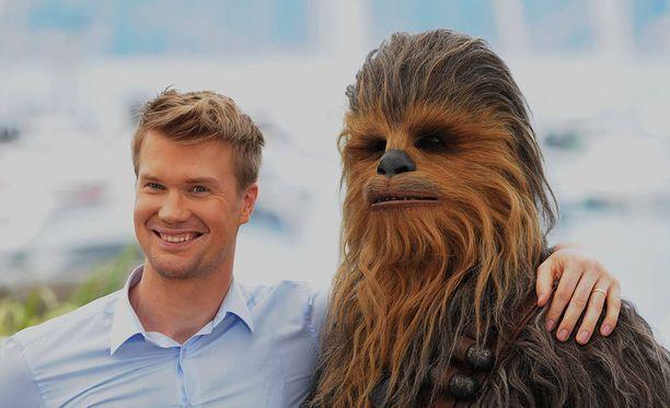 Joonas Suotamo kuvaa parhaillaan Star Wars: Episodi IX -elokuvaa.