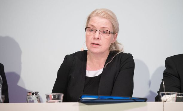 Leena Meri on uusi perussuomalaisten eduskuntaryhmän puheenjohtaja.