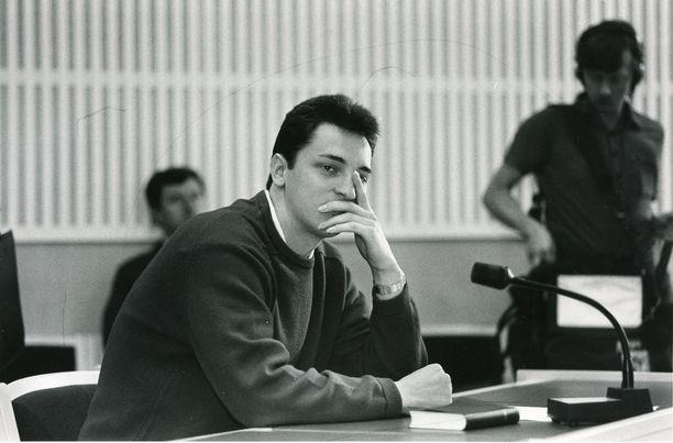 Lepajõe ei ole aiemmin kommentoinut saaliin kohtaloa millään tavalla, mutta tuoreessa kirjassaan hän kuitenkin lopulta kertoo oman versionsa sen kohtalosta. Kuva otettu vuonna 1985.