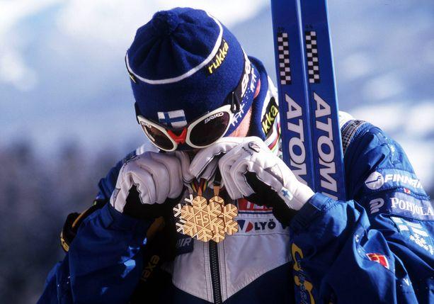 Mika Myllylä voitti kuusi olympia- ja yhdeksän MM-mitalia. Lahden hemoheskohu kuitenkin käytännössä päätti uran.