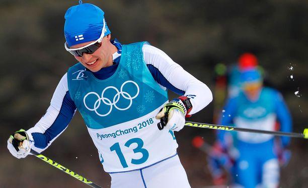 Matti Heikkisen oma suksi ei liikkunut lauantaina toivotusti, mutta 34-vuotias konkari oli äärimmäisen iloinen Iivo Niskasen puolesta.