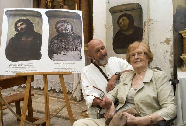Restauroidusta Ecce Homosta on tullut turistinähtävyys. Kuvassa oikealla restauroija Cecilia Gimenez.