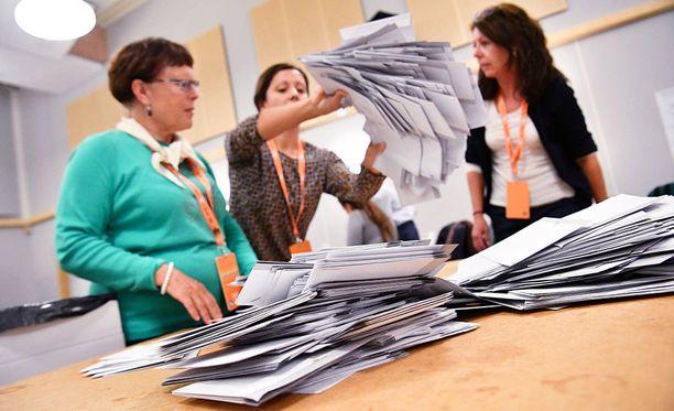 Ennätysmäärä ruotsalaisia vaihtoi puoluetta sunnuntain vaaleissa.