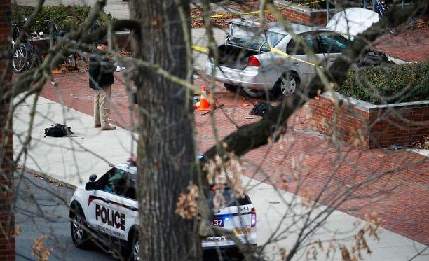 Poliisi on vahvistanut, että Ohion osavaltiossa jalankulkijoiden päälle ajanut mies oli yliopisto-opiskelija.