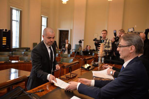 Brother Christmasina tunnettu Ari Koponen on uusi perussuomalaisten kansanedustaja.
