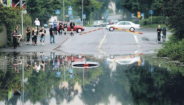 Tulvavesi peitti Porin keskustaa monin paikoin viime sunnuntaina.