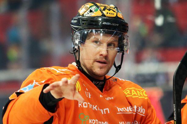KooKoo-kapteeni Alexander Bonsaksenille kausi oli viides Suomessa.