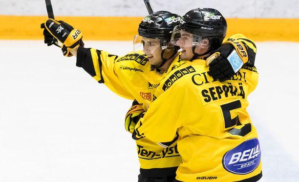 KalPa juhli 3-0-voittoa Mikkelissä.