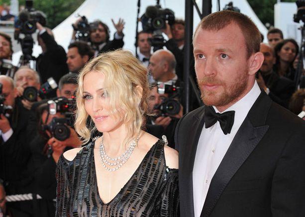 Madonnan ja Guy Ritchien avioliiton tulevaisuus on vaakalaudalla.