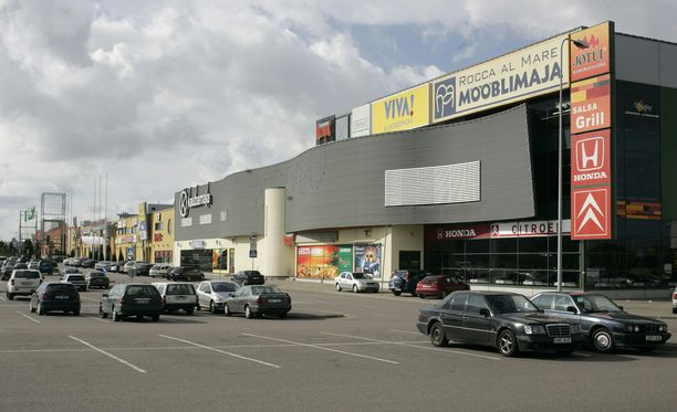 Rocca al Mare on suosittu ostoskeskus Tallinnassa. Kuvituskuva.