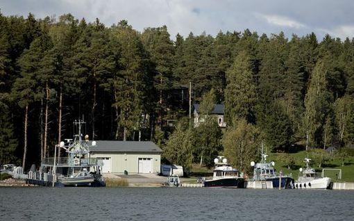 Supo osallistuu Varsinais-Suomen kotietsinnöissä takavarikoidun aineiston tutkintaan - materiaalia jopa 100 000 muistitikun verran