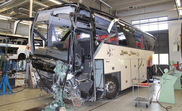 Kuopion surmabussin kuljettajaa epäillään törkeistä rikoksista.