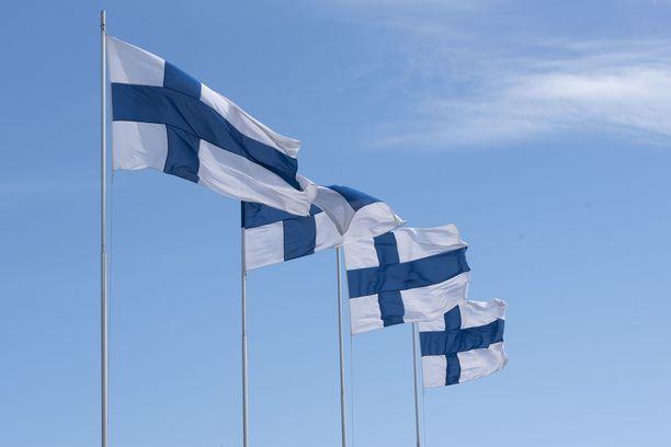 Sisäministeriö suosittaa, että liput nousevat tänään salkoon.