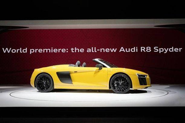 Keltainen avosalama odottaa helteitä. Maailman ensiesittely oli New Yorkin autonäyttelyssä.