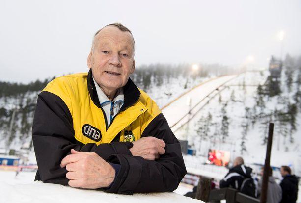 Immo Kuutsa oli hiihtomaajoukkueen pitkäaikainen päävalmentaja 1970- ja 80-luvuilla.