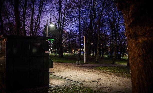 Seksuaalista ahdistelua koskevat ilmoitukset lisääntyivät viime vuoden loppupuolella huomattavasti Helsingissä ja Tampereella. Kuva on Helsingin Hesperian puistosta.