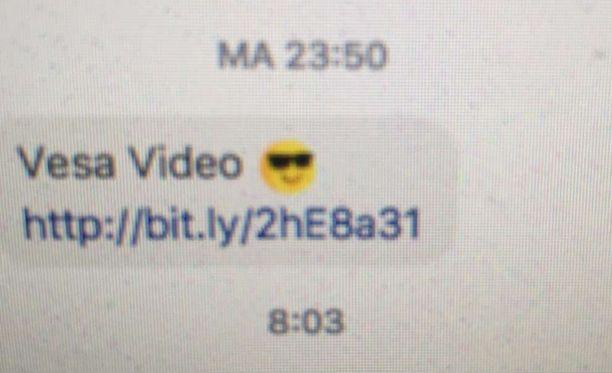 Jos avaat linkin ja saat viruksen, lähetät samanlaisen viestin kaikille ystävillesi.