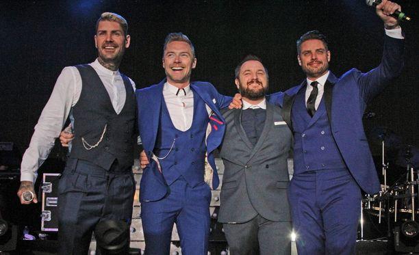Boyzone-yhtye lopettaa pitkän uransa viimeisen levyn jälkeen.