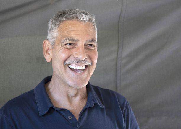 George Clooney Italiassa kesällä 2018. Clooney, 57, on Oscar-palkittu näyttelijä. Mies tunnetaan esimerkiksi elokuvista Meren raivo, Rauhantekijä ja Sietämätöntä julmuutta.