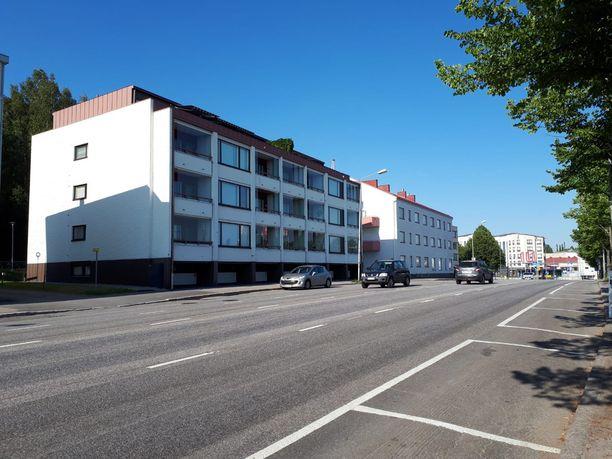 Tänne eli Savonlinnan Tulliportinkadulle Anni oli tiettävästi katoamisyönään matkalla.