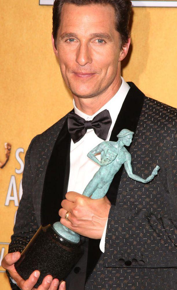 Matthew McConaughey palkittiin roolistaan Dallas Buyers Clubissa.