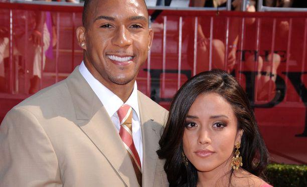 Kellen Winslow Jr. kuvattuna vaimonsa Janellen kanssa vuonna 2008.