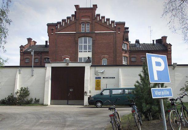 Käräjäoikeus passitti Harri Tapio Piipon Oulun vankilaan.