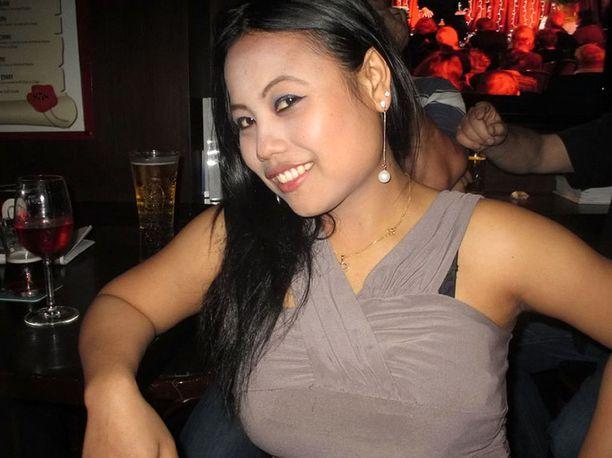 Seneng Mujiasih alias Jesse Lorena päätyi Juttingin asunnolle kun tämän edellisen uhrin ruumis oli yhä parvekkeella matkalaukussa.