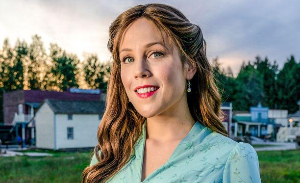 Elizabethia esittää Erin Krakow.