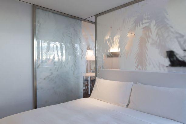 Hotelleissa suositaan valkoisia lakanoita.
